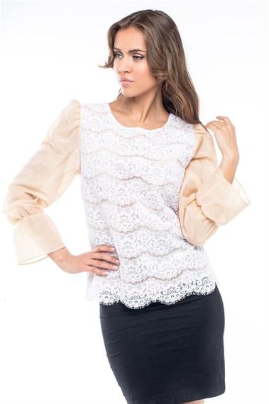 Блузка женская из кружева